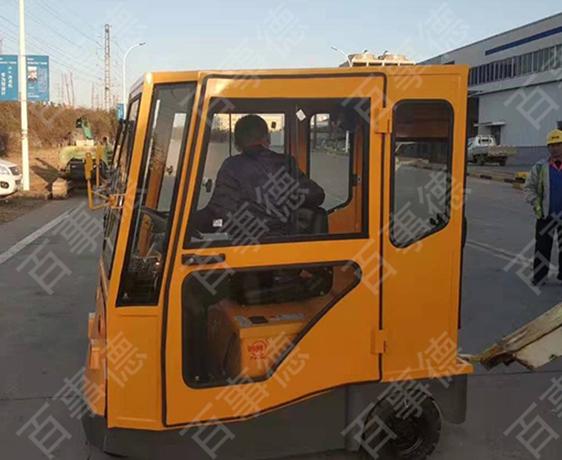 海尔集团 订购非标改装牵引车