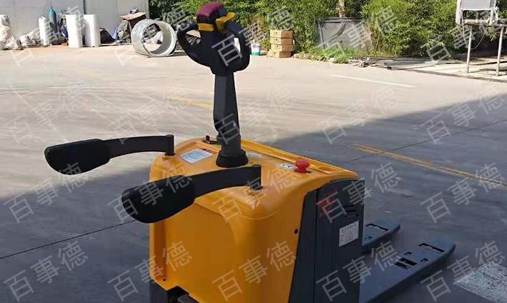 山东某著名食品厂订购全电动搬运车CBD20R-II一台我司顺利完成交货